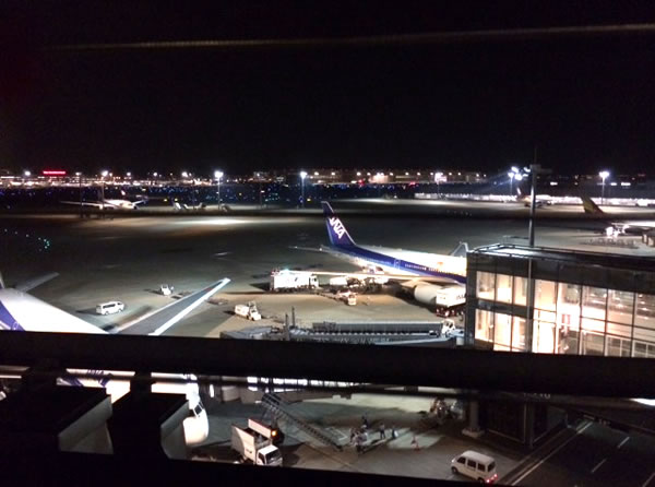 羽田空港国際線ターミナルの夜景